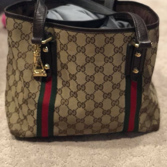 b5650e1a1ee Gucci Bags | Charm Tote Bag | Poshmark